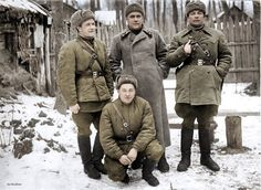 Tula, December 1941. In the background in the center is Colonel Mavrin, right - Chvykov JF, left - Saushkin surgeon, sitting is the driver Makarenko