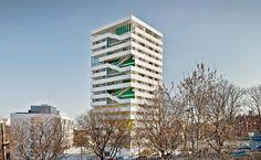 Torre Júlia by Ricard Galiana, Sergi Pons, Pau Vidal