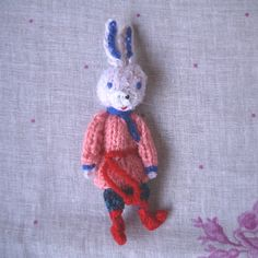 指人形「ロシアうさぎ・男の子」 | マールイ・ミール<通販部>