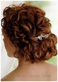 Hair by Michelle Bertelli of Ciao Bella Salon & Day Spa of Islamorada ☀️