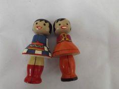 Maalitud Salvo puunukud NSVL rahvaste rahvariietes (painted wooden Salvo dolls in folk costumes of the USSR)