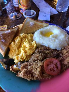 Catfish, eggs and grits. Tasty. #thebreakfastklub in Houston. 2/16
