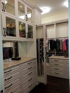 Wardrobe Closet E Walk In Dressing Table Room Cabinets Raised Panel Custom Closets Organization Belts Hessen