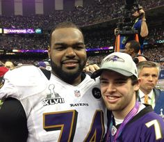 Baltimore Ravens offensive tackle Michael Oher and his adoptive brother f4e11376f0a3
