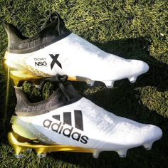 wholesale dealer b8f2d c374e The Adidas X PureChaos 2016-2017 Stellar Pack Football Boots boast a  stunning white and