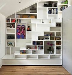 15 Attic Bedroom Trend to Inspire You Bedroom - Bedroom Design Staircase Storage, Loft Stairs, Staircase Design, Attic Bedroom Designs, Escalier Design, Building Stairs, Finished Attic, Attic Remodel, Attic Renovation