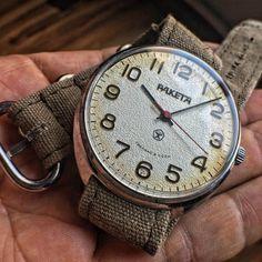 Paketa Russian Watch.