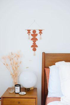 Make This Simple Clay Wall Hanging! (a pair & a spare) Small Craft Rooms, Cricut Craft Room, Terracota, Mason Jar Diy, Vinyl Projects, Decoration, Diy Home Decor, Wall Decor, Diy Wall