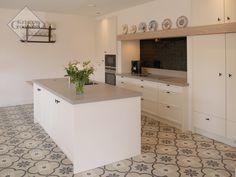 Page 5 : Keukenblad Op Maat. Kitchen Interior, Kitchen Design, Kitchen Decor, Kitchen Ideas, Cuisines Design, Design Moderne, Interior Inspiration, Interior Ideas, Home Projects