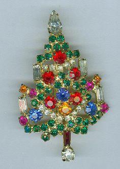 c2061630873 Vintage Warner Classic 4 Candle Christmas Tree Pin by cshort0319 Jewelry Christmas  Tree, Christmas Candles