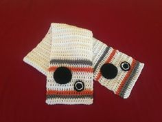 Hey, I found this really awesome Etsy listing at https://www.etsy.com/listing/264447243/bb-8-scarf-crocheted-star-wars-scarf