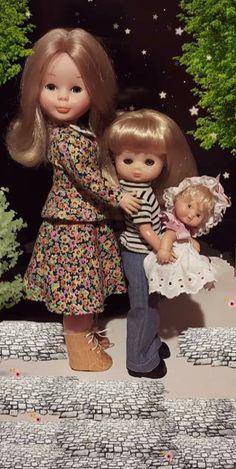 Girls Dresses, Flower Girl Dresses, Dolls, Friends, Wedding Dresses, Ideas, Nancy Doll, Infancy, Bonito
