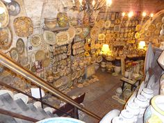 Pottery shop in Gubbio, Italy - such beautiful work!