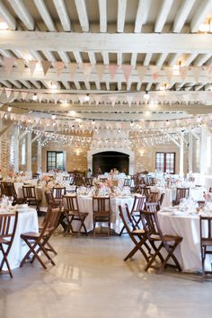 A country and colorful wedding at Château Giscours, Médoc – The barefoot bride – Photo: Marion Heurteboust - Wedding Locations, Wedding Themes, Wedding Colors, Wedding Styles, Wedding Decorations, Wedding Planner Book, Countryside Wedding, Wedding Tags, Diy Table