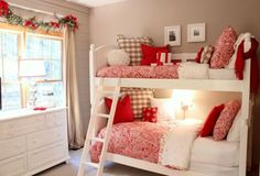 Favorite Pins Friday! Love this holiday bedroom