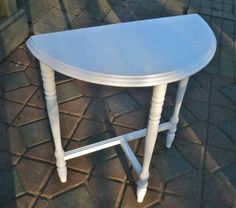 Accent Table Half Moon Demilune Vintage Round