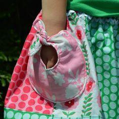 Geknotete Taschen an Kleidung