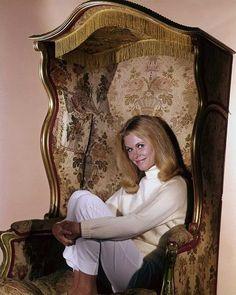 magazine-girls-elisabeth-montgomery-in-panties-teen-models