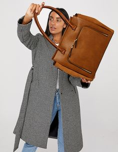 This product is registered with The Vegan Society and is free from animal products. Our Morgan tote bag is the ultimate commuter companion. Beach Accessories, Fashion Accessories, Back To School Bags, Kids Bags, Women's Bags, Style Finder, Accessorize Bags, Work Tote, Flip Flop Shoes