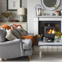 Winter living room decor can be done in many ways. The key is to create a warm and comfortable living room for the season. If you need an insight to redecorate your living room for winter, you can read our… Continue Reading → Living Room Decor Uk, Winter Living Room, Cottage Living Rooms, Coastal Living Rooms, My Living Room, Living Room Interior, Home Interior, Home And Living, Living Room Designs