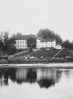 Akershus fylke Eidsvoll kommune  Eidsvoldsbygningen tatt fra nord 1903 Foto Wilse