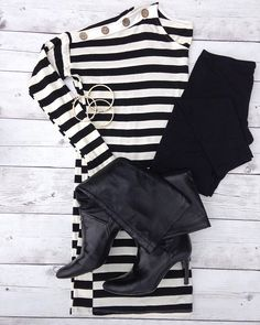 When in doubt...black and white. • {Classic and classy.} #primlane #howwewearit #stripes #blackandwhite #stayclassy #darlingyouarefabulous
