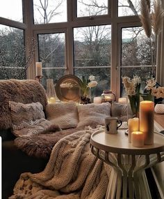 Newest Warm Home Decor Ideas . 93 Newest Warm Home Decor Ideas . Pin by Ali Carter On Room Colors Warm Home Decor, Home Improvement Loans, Aesthetic Rooms, Cozy Room, Budget Home Decorating, Dream Rooms, My New Room, Cozy House, My Dream Home
