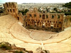 7 FREE THINGS TO DO IN ATHENS www.HostelRocket.com Amphitheatre in Athens, Greece