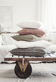 ... hale mercantile co. cushion: http://halemercantileco.com/ ...