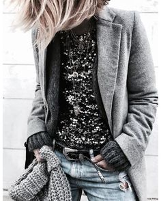 Shiny look inspiration for winter <3 winter outfits inspiration, top sequins, fall winter trends, grey coat, ideas de looks invierno, top de lentejuelas tendencia otoño invierno, idées de look hiver, top à sequins tendance automne hiver