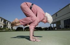 83-years-old Bette Calman is living proof that the ancient art of yoga can do wonders on the human body.