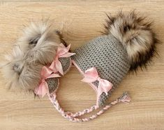 Baby girl faux fur Hat and Booties - Hat and boots with bows - Baby Girl clothes - Newborn girl clothes - Baby girl gift - Preemie clothes by HandmadebyInese on Etsy