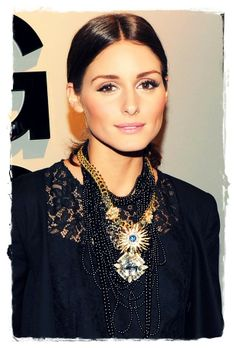 But a centre-parting works just as well with this oh-so-easy-to-adopt trend. Olivia Palermo's low ponytail at the nape of her neck is glammed up in an instant by smooth, mirror-shine wet look locks.