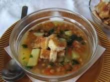 Fazuľová polievka na sladkokyslo • Recept | svetvomne.sk Meat, Chicken, Food, Essen, Meals, Yemek, Eten, Cubs