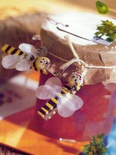 Kolíčky | i-creative.cz - Kreativní online magazín a omalovánky k vytisknutí Diy For Kids, Crafts For Kids, Diy Crafts, Jr Art, Pop Stick, Plate Crafts, Preschool Activities, Handicraft, Christmas Ornaments