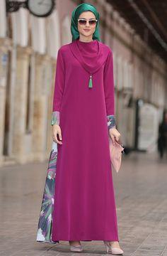 """Nilüfer Kamacıoğlu Mevsimlik Mendil Yaka Abaya Elbise 201705101 Fuşya Sitemize """"Nilüfer Kamacıoğlu Mevsimlik Mendil Yaka Abaya Elbise 201705101 Fuşya"""" tesettür elbise eklenmiştir. https://www.yenitesetturmodelleri.com/yeni-tesettur-modelleri-nilufer-kamacioglu-mevsimlik-mendil-yaka-abaya-elbise-201705101-fusya/"""