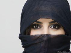 My Peek Under the Niqab Unraveling My Own Stereotypes - Beliefnet Hijab hijab with niqab Muslim Hijab, Hijab Niqab, Girls Magazine, Brown Girl, Muslim Fashion, Hijab Fashion, Girl Fashion, America, Female