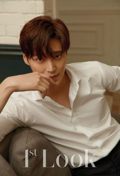 """Lee Tae Hwan, who plays the second lead in the current tvN drama """"What's Wrong With Secretary Kim?"""", shows his sweet, innocent side in the June issue of Look, check it out! Seo Kang Joon, Asian Actors, Korean Actors, Korean Celebrities, Celebs, Lee Tae Hwan, Ahn Jae Hyun, Francisco Lachowski, Kdrama Actors"""