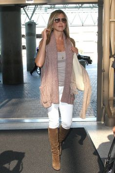 Glam Things: What To Wear: Jennifer Aniston at the Airport