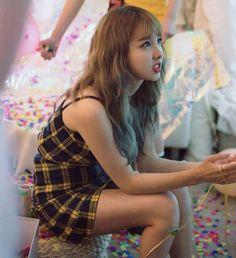 Twice-Nayeon Twicetagram Monograph Kpop Girl Groups, Korean Girl Groups, Kpop Girls, Twice Jyp, Tzuyu Twice, Twice Korean, Nayeon Twice, Im Nayeon, Hirai Momo