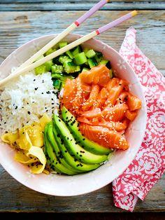 Sushi-Bowl – New Ideas Sushi-Bowl Lachs und Avocado stecken voller gesunder Fette. Sushi Recipes, Salmon Recipes, Healthy Dinner Recipes, Asian Recipes, Drink Recipes, Plats Healthy, Healthy Fats, Healthy Snacks, Healthy Eating