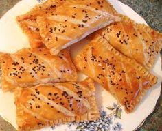 mini pastillas au thon fromage olives recettes a la pâte feuilletée - Amour de cuisine