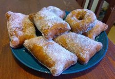 Gluteenitonta leivontaa: Gluteenittomat munkit Sweet Desserts, Fodmap, Deli, Soul Food, Gluten Free Recipes, Doughnut, Free Food, French Toast, Bakery