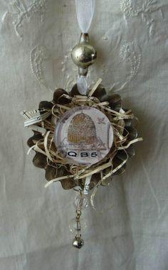 altered tart tin ornament...
