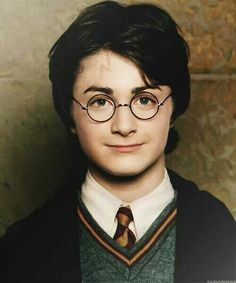 Harry Potter>>>is this real? He looks like a wax figure but Idk, maybe he just has really good skin. Nah, it's real isn't it?