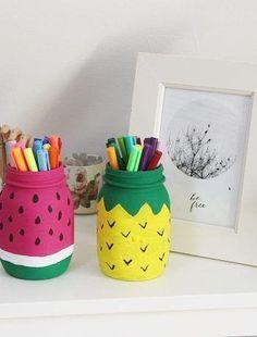 Stiftehalter in Melonen und Ananas Optik Pen holder in melons and pineapple optics Diy Crafts For Girls, Diy Crafts Hacks, Diy Home Crafts, Diy Arts And Crafts, Fun Crafts, Diy Projects, Paper Crafts, Kids Diy, Decor Crafts
