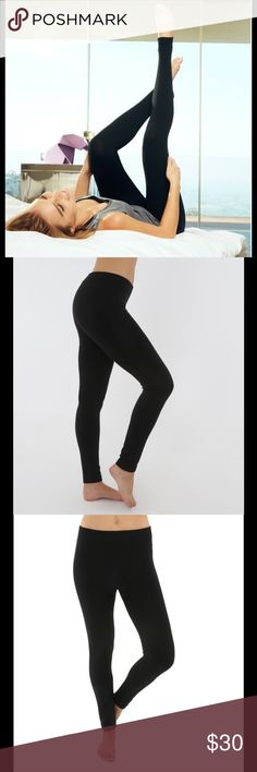 Seamless Leggings from Electric Yoga Soft and comforting leggings in black. These leggings are great for lounging or an active yoga lifestyle. Sizes xs/s or m/l. Non-constricting for ultimate comfort while still giving a sleek fit and feel. Full length with wide, non-binding waistband. Electric Yoga Pants Leggings