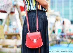 Handy cute little red pocket. Check out more on www.formulafarah.com. By Formula Farah #fashion #blogger #fashionblogger #formulafarah #detail #red #hippie