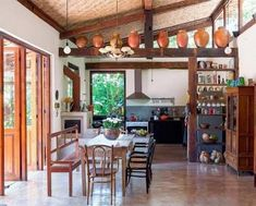 Some places in a home look really good if designed in rustic farmhouse style and kitchen is one of them. House With Balcony, Design Case, Decoration Table, My Dream Home, Home Kitchens, Farmhouse Decor, Decor Rustic, Rustic Charm, Kitchen Design