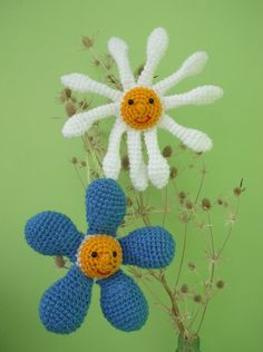 Amigurumi crochet Forget-me-not and Daisy pdf pattern